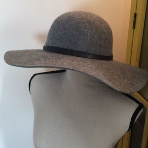New Heather Grey Floppy Hat 100% wool